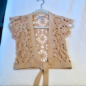 Crocheted neutral cropped cardigan, size S
